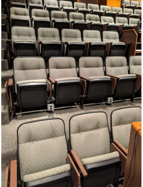 561 Hospital classroom auditorium theater style movie theater chairs with swing out tablet arm